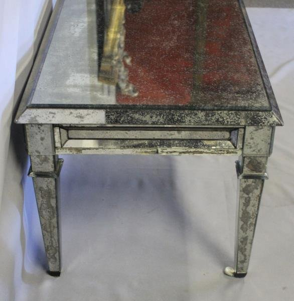 Vintage Mirrored Coffee Table. - 4