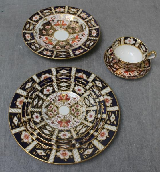 """Large Grouping of Crown Derby """"Imari """" Porcelain. - 5"""