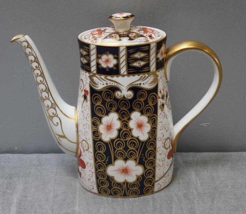 """Large Grouping of Crown Derby """"Imari """" Porcelain. - 9"""