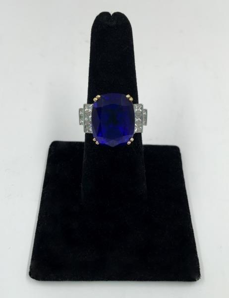 JEWELRY. 14+ ct. GIA Certified Tanzanite Ring.