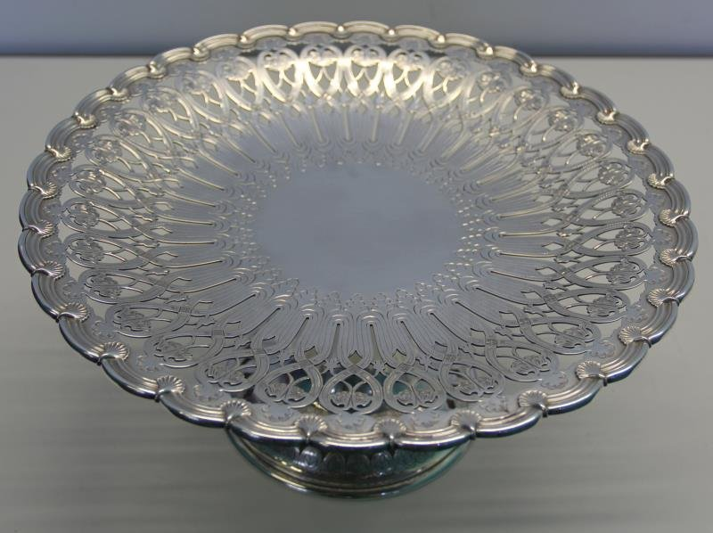 STERLING. Tiffany & Co. Cake Plate. - 3