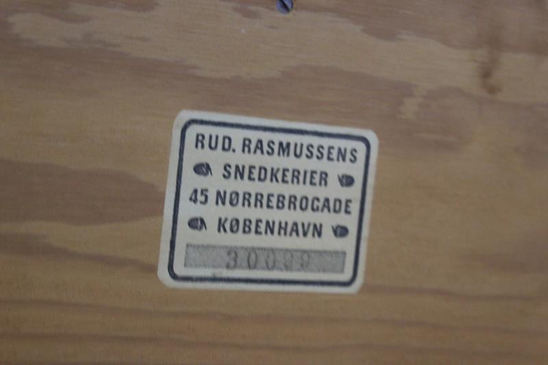 4 Mogens Koch; Rud. Rasmussens Bookcases. - 6