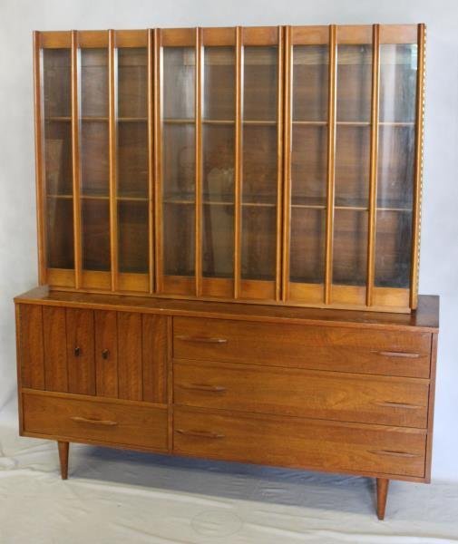 Midcentury American Modern Sideboard Cabinet. - 2