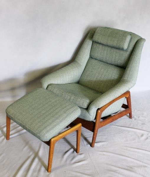 Midcentury Dux Lounge Chair and Ottoman. - 2