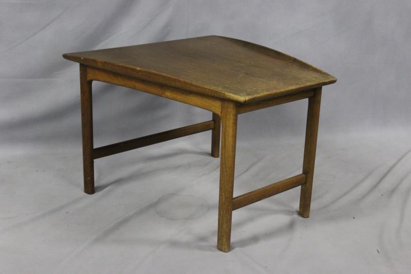 Midcentury Pair of Teak Lounge Chairs. - 4