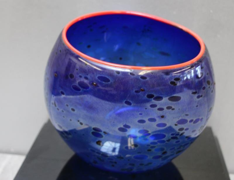 CHIHULY, Dale. 1994 Cobalt Blue Basket With - 4