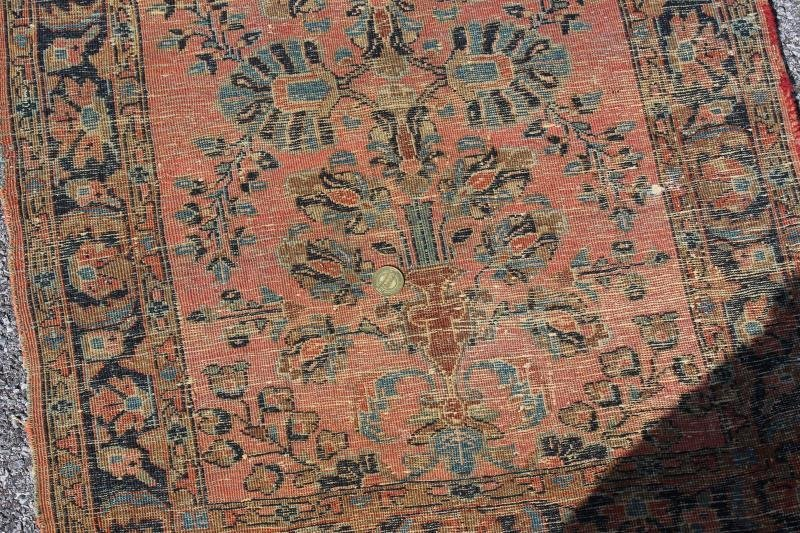 2 Finely Woven Antique Sarouk Prayer rugs - 3