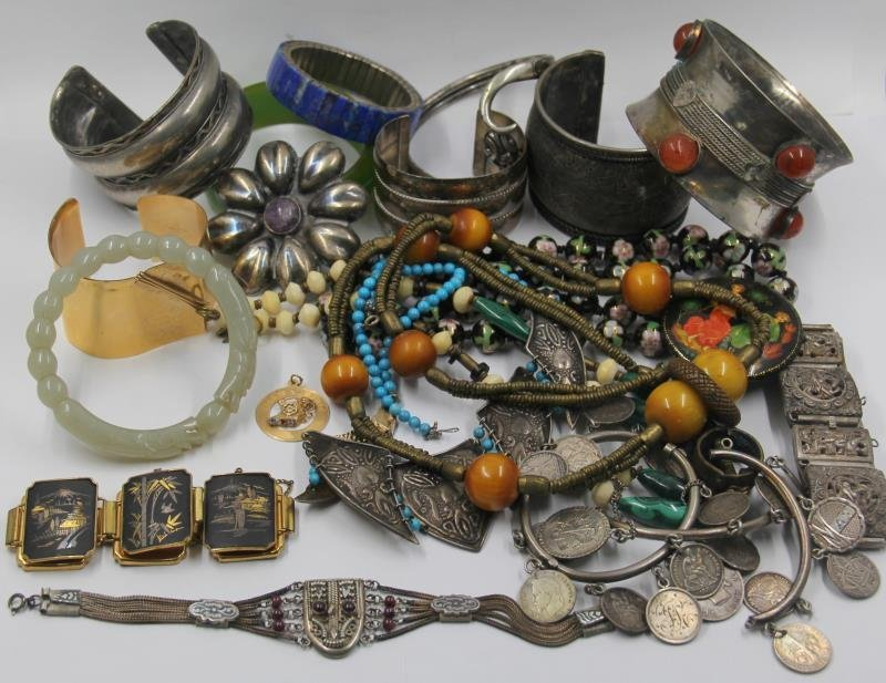 JEWELRY. Assorted Collection of Jewelry Inc. Jade.