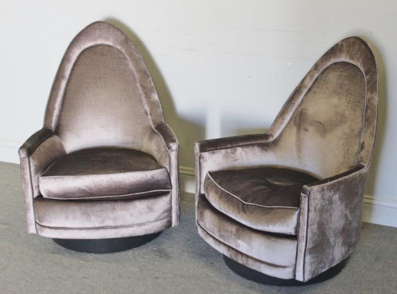 Midcentury Pair of Milo Baughman Swivel Chairs. - 2