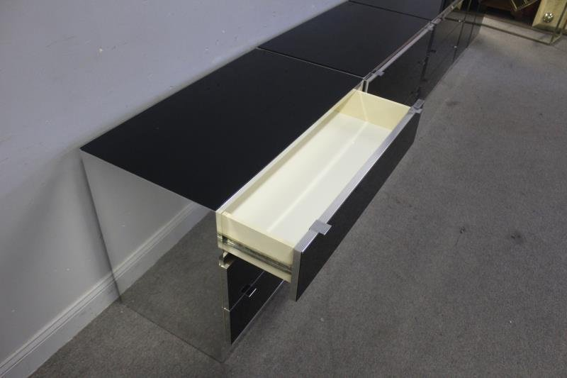Set of 4 Italian Modern Elio Cabinets. - 4