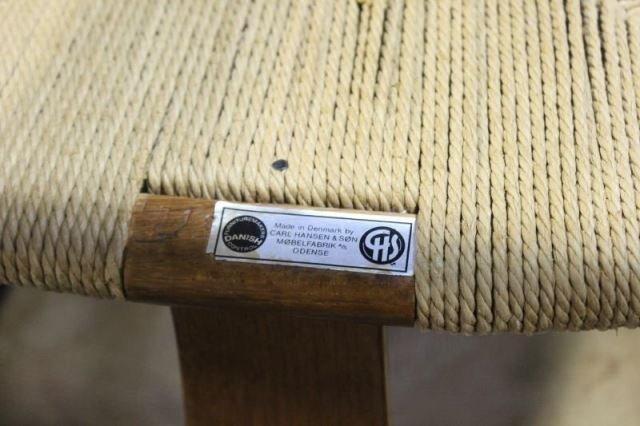 Set of 12 Midcentury Hans Wegner Wishbone Chairs. - 3