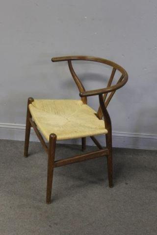 Set of 12 Midcentury Hans Wegner Wishbone Chairs. - 6
