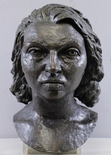"EPSTEIN, Jacob. Bronze ""Germaine Bras"". - 3"