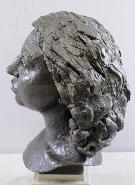"EPSTEIN, Jacob. Bronze ""Germaine Bras"". - 5"