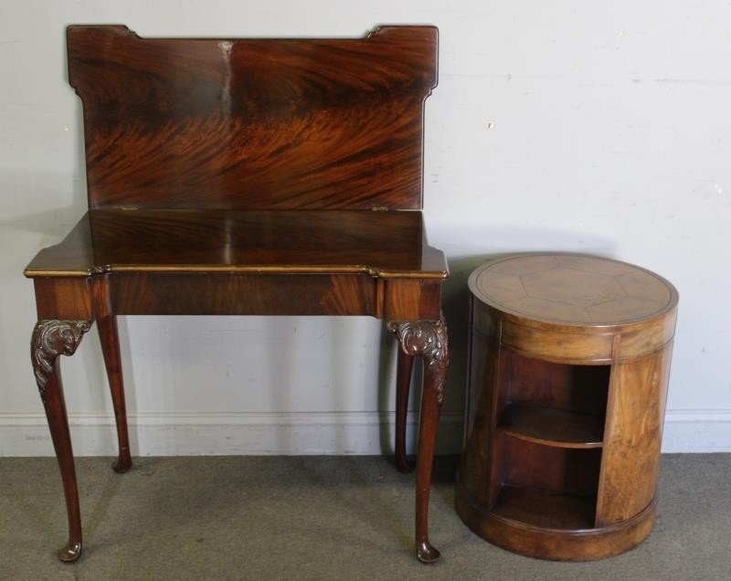 Mahogany Flip Top Table with a Leathertop Drum - 2