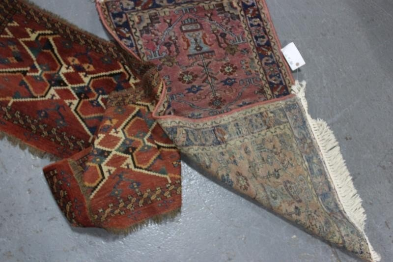 Lot of 5 Assorted Antique Prayer Rugs. - 5