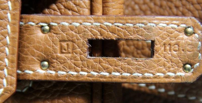 HERMES Gold Taurillon 35cm Birkin Bag. - 9