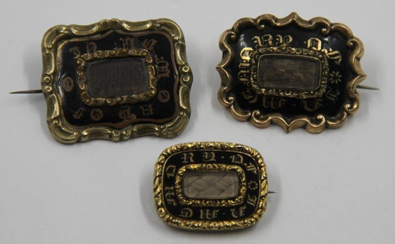 JEWELRY. Grouping of Victorian Mourning Jewelry. - 3