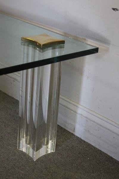 Quality Midcentury Lucite and Brass Coffee Table. - 4