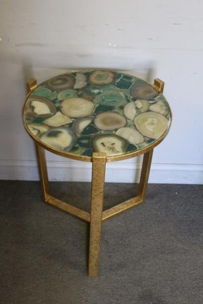 Modern Pair of Green Agate Top Side Tables. - 2