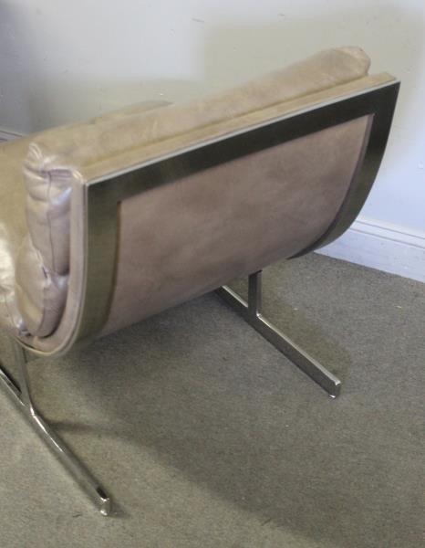 Pair of Kipp Stewart Leather Lounge Chairs. - 4