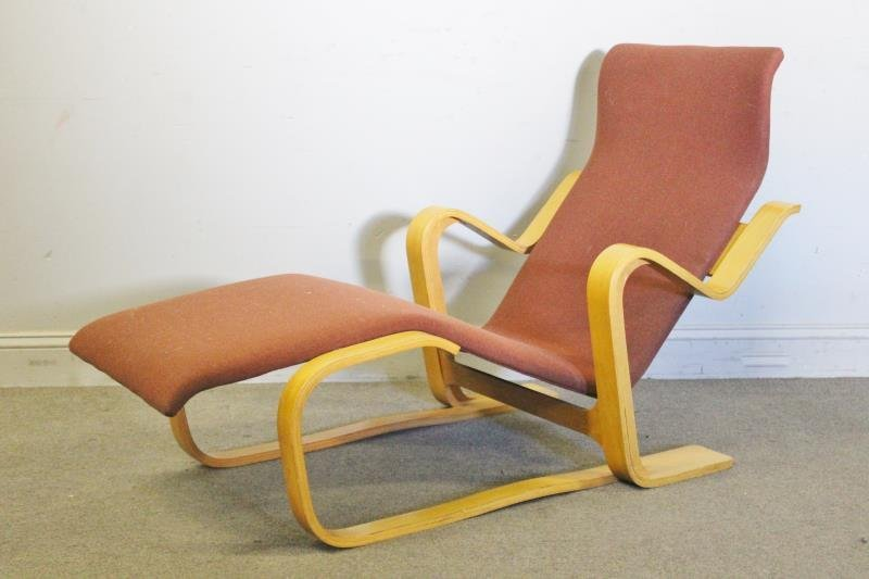 Midcentury Marcel Breuer Chaise Lounge Chair.