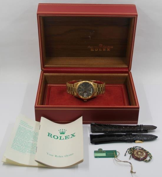 JEWELRY. Men's Rolex 18kt Gold Oyster Perpetual