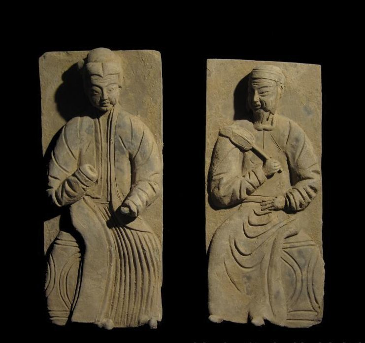 Chinese Yuan black pottery high relief