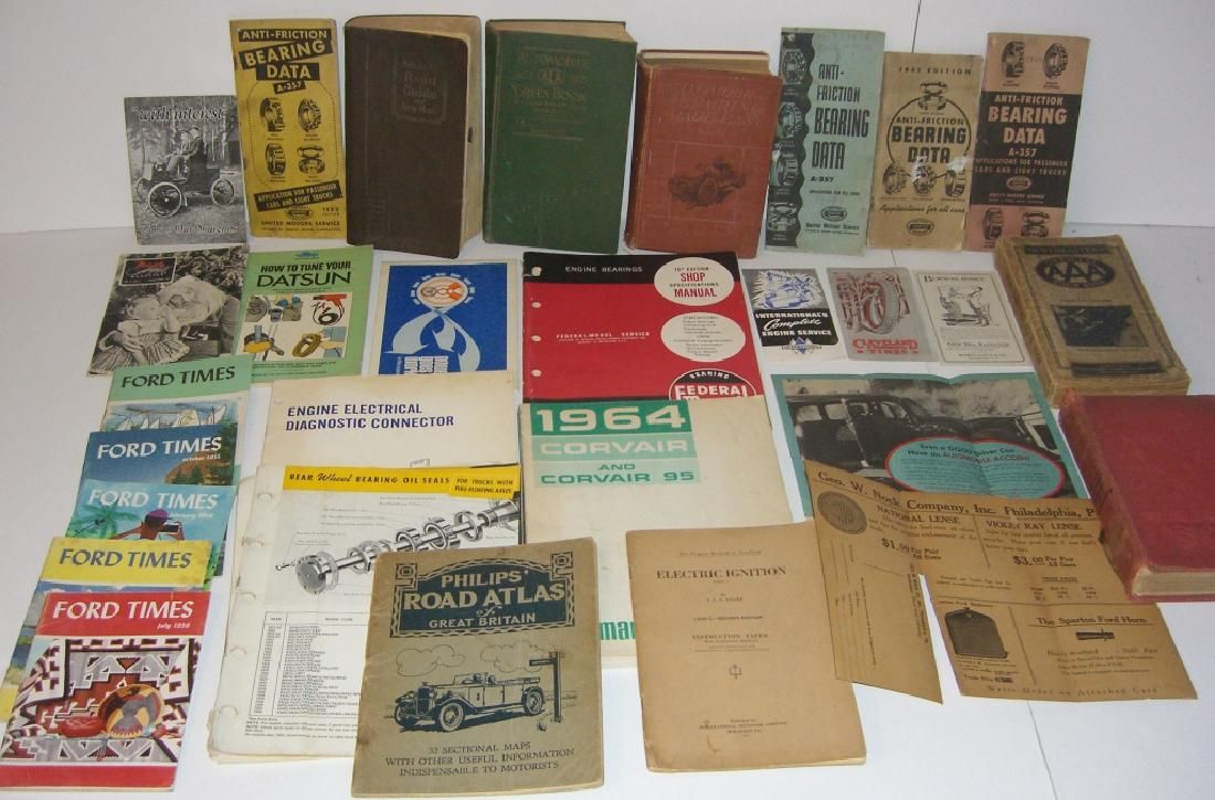 32 vintage car related manuals, books, brochures