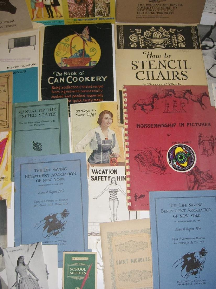 60 vintage catalog/pamphlets/booklets/brochures - 10