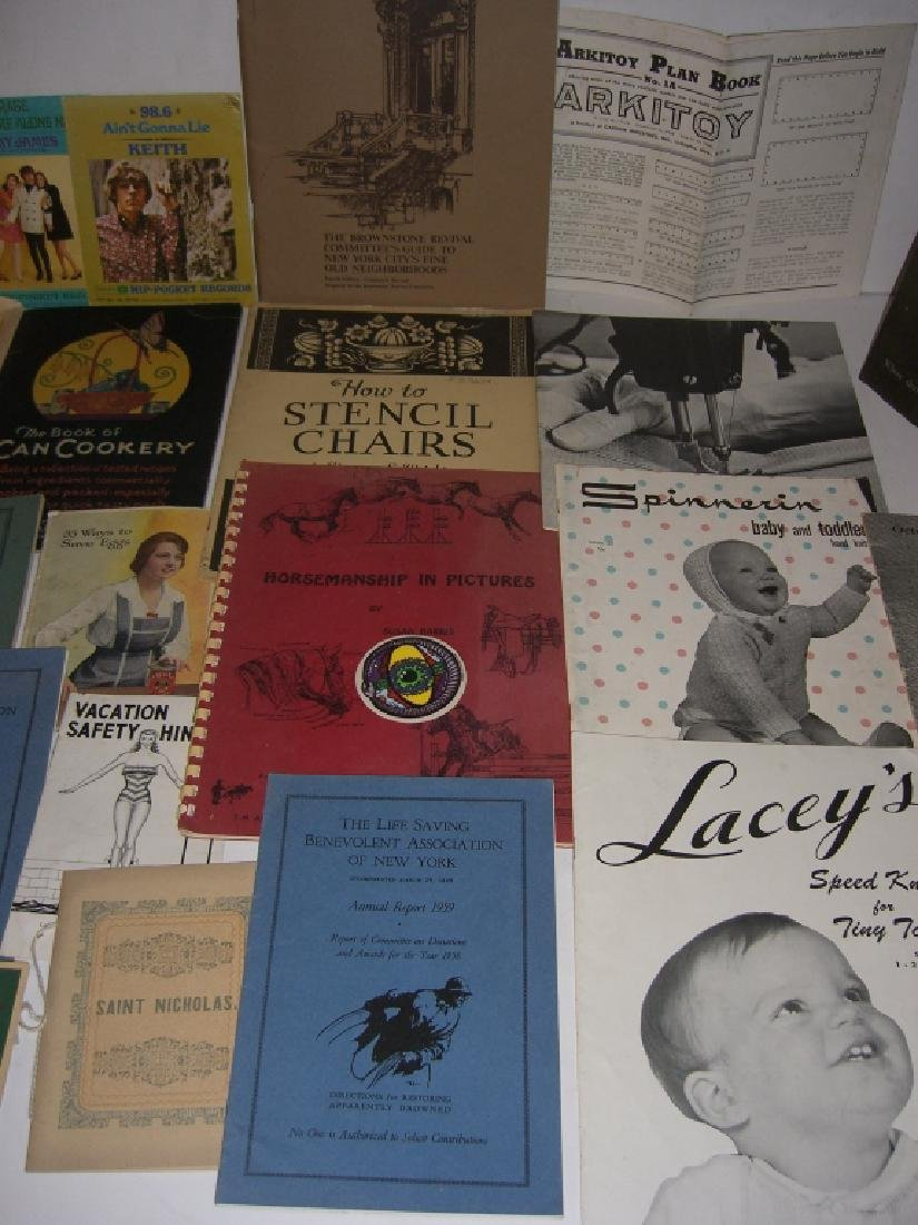 60 vintage catalog/pamphlets/booklets/brochures - 4
