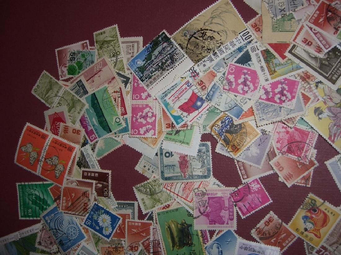 China mixed stamps lot - 8
