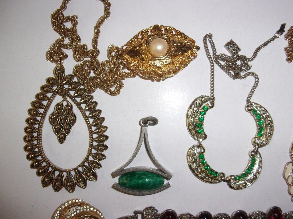 15 piece costume jewelry lot - 3