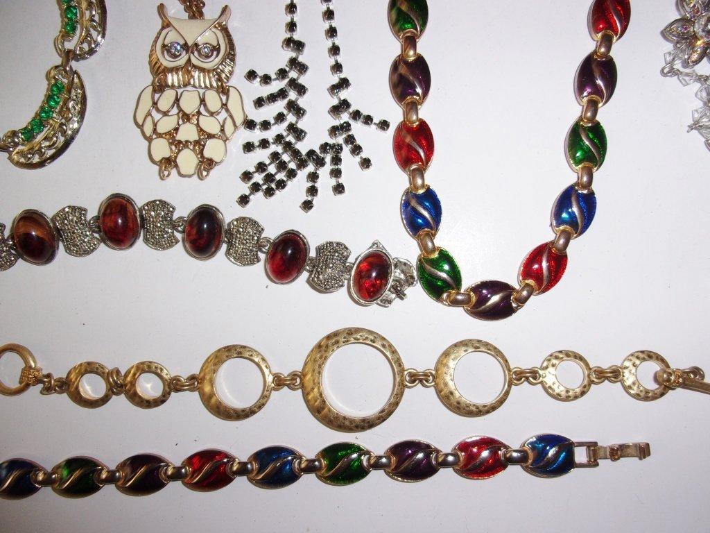 15 piece costume jewelry lot - 5