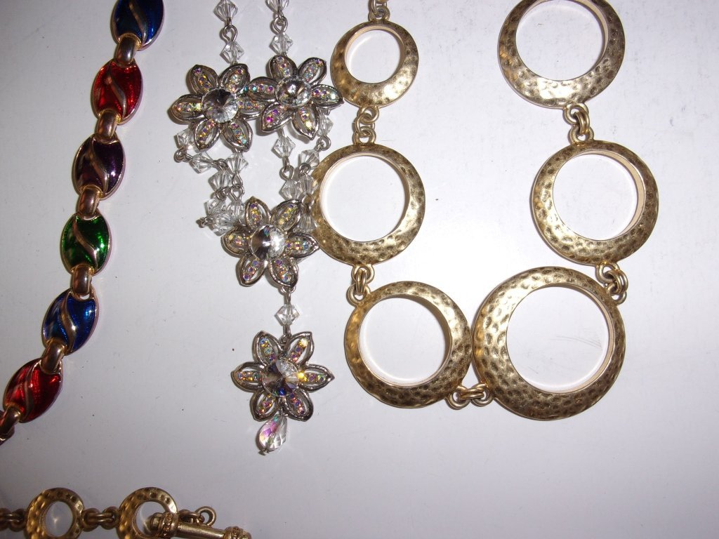 15 piece costume jewelry lot - 6