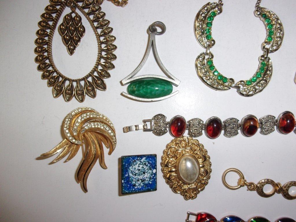15 piece costume jewelry lot - 8