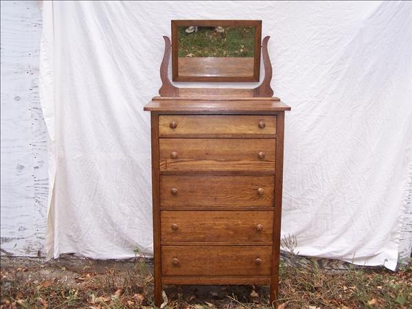 3B: Oak dresser w/ 5 drawers & vanity mirror, 64 1/2 h
