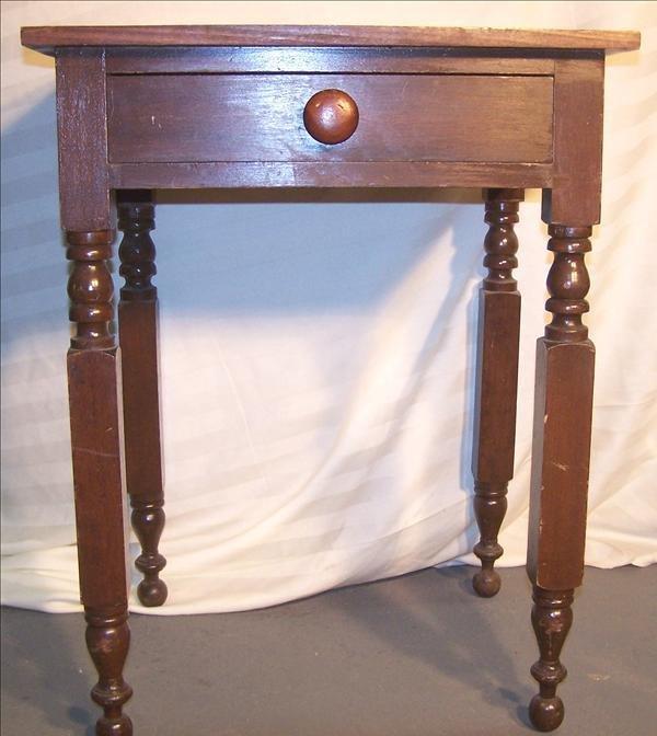 5B: 1820-1840 One drawer stand w/ New York legs, origin