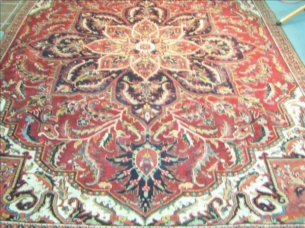 12B: Guaranteed Heriz handmade rug from Iran, 7.5' x 10