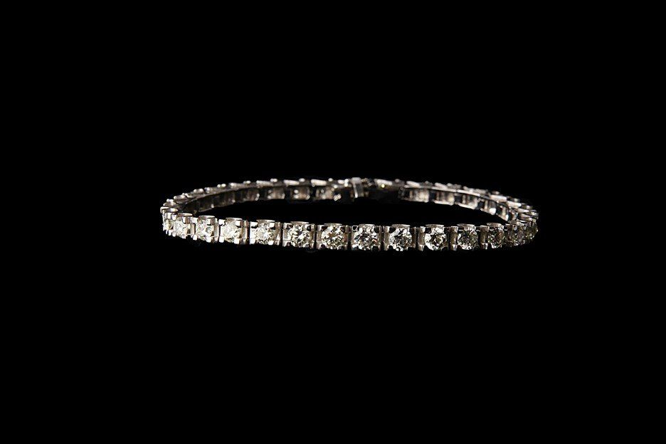 14K Gold Tennis Bracelet with 7.2 CT Diamonds