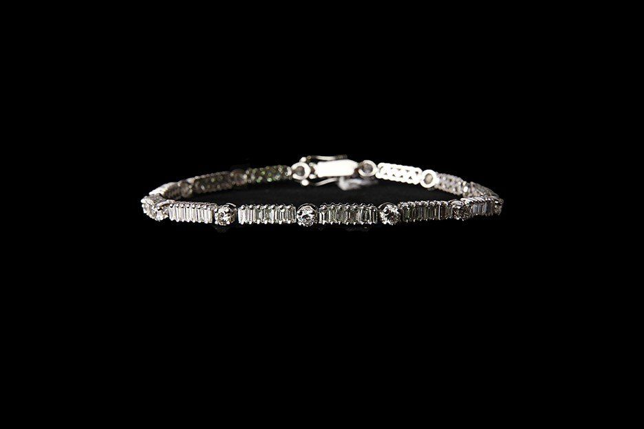 14K Gold Tennis Bracelet with 1.4 CT Diamonds