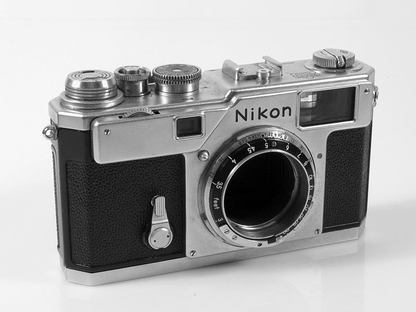 383: Nikon S3