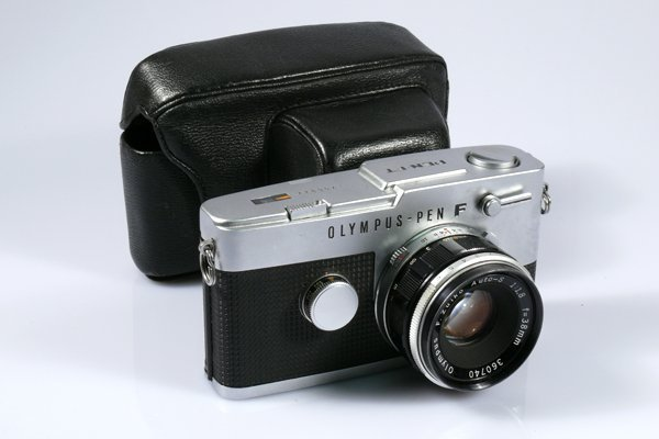 18: Olympus Pen-FT 266022 with 38mm Zuiko f1,8 Nr. 3607