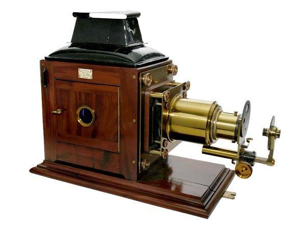 22: Newton & Co. Opticians Lantern Projector