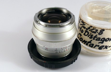 23: 25mm Distagon f2,8 Chrome Nr. 3562089 for Contarex