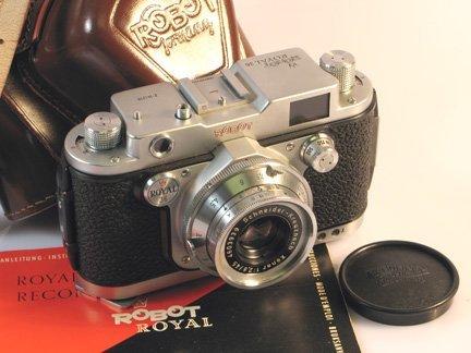 11: Robot Royal 36 Nr. Z-141298 with 45mm Xenar f2,8
