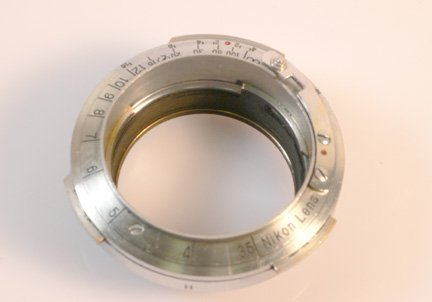 15: Orion Nikon rangefinder-to-Leica screw adapter