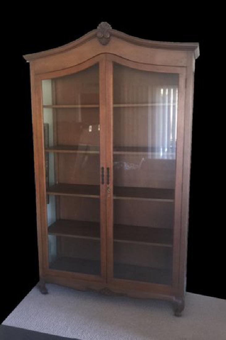 ASIAN DISPLAY/CHINA CABINET  WITH  GLASS