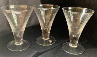 Antique Mixed Lot of 17 Crystal Glasses Art Deco and