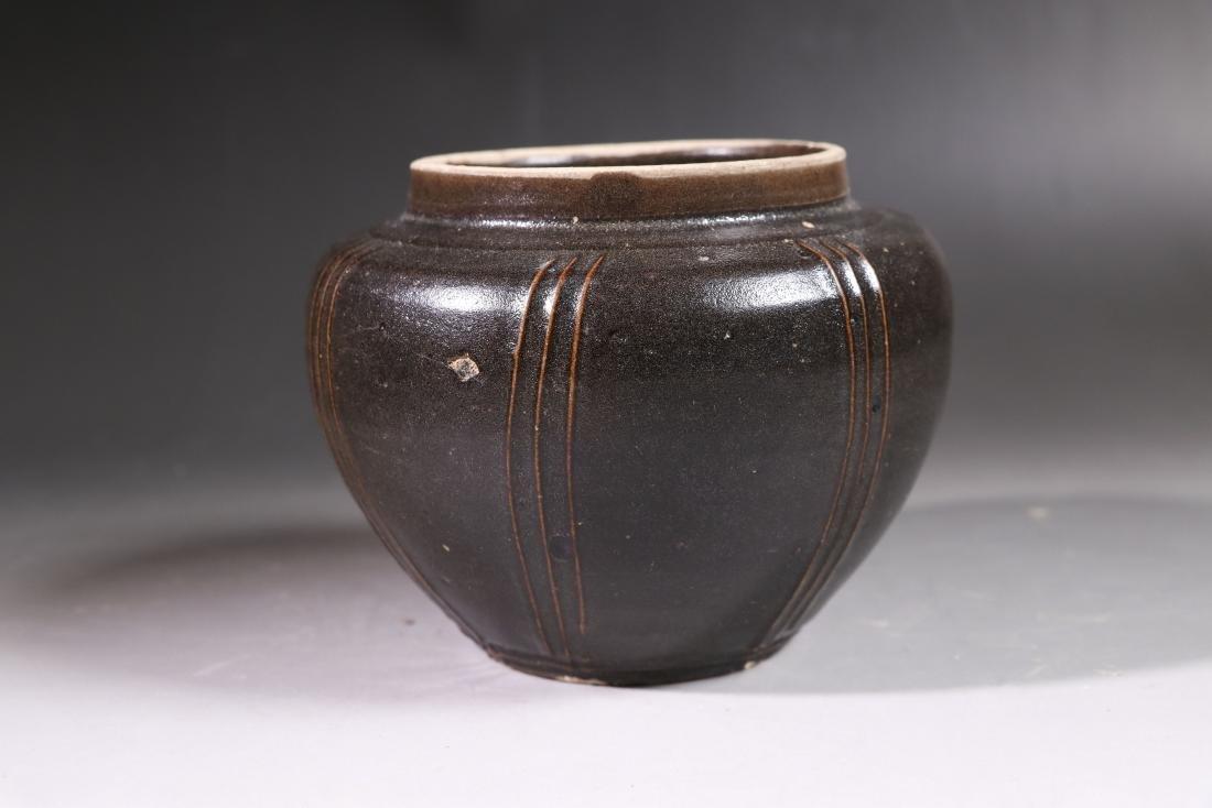 A BLACK-GLAZED JAR SONG DYNASTY(960-1279)